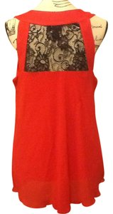 Byer California Ruffles Lace Sleeveless Pullover Comfortable Sexy Flowy V-neck Top Hot Red