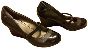 Kenneth Cole Reaction Comfortable Mary Jane Black Wedges