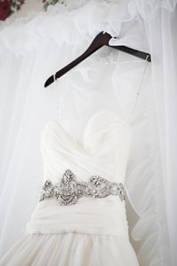 KENNETH POOL Joyous Wedding Dress
