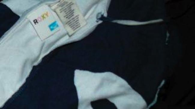 Roxy Size Small Stretchy Top NAVY BLUE WHITE