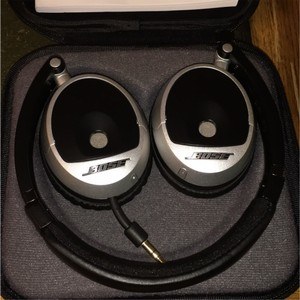 Bose Bose On-Ear Headphones