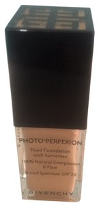 Givenchy Photo' Perfexion with sunscreen broad spectrum SPF 20 , 100 % Natural complexion , 0 Flaw by Givenchy 25 ml / 8 oz ( 106 perfect pecan ) New , no box !!