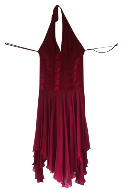 Preload https://item2.tradesy.com/images/bcbgmaxazria-red-holiday-mid-length-formal-dress-size-10-m-869211-0-0.jpg?width=400&height=650
