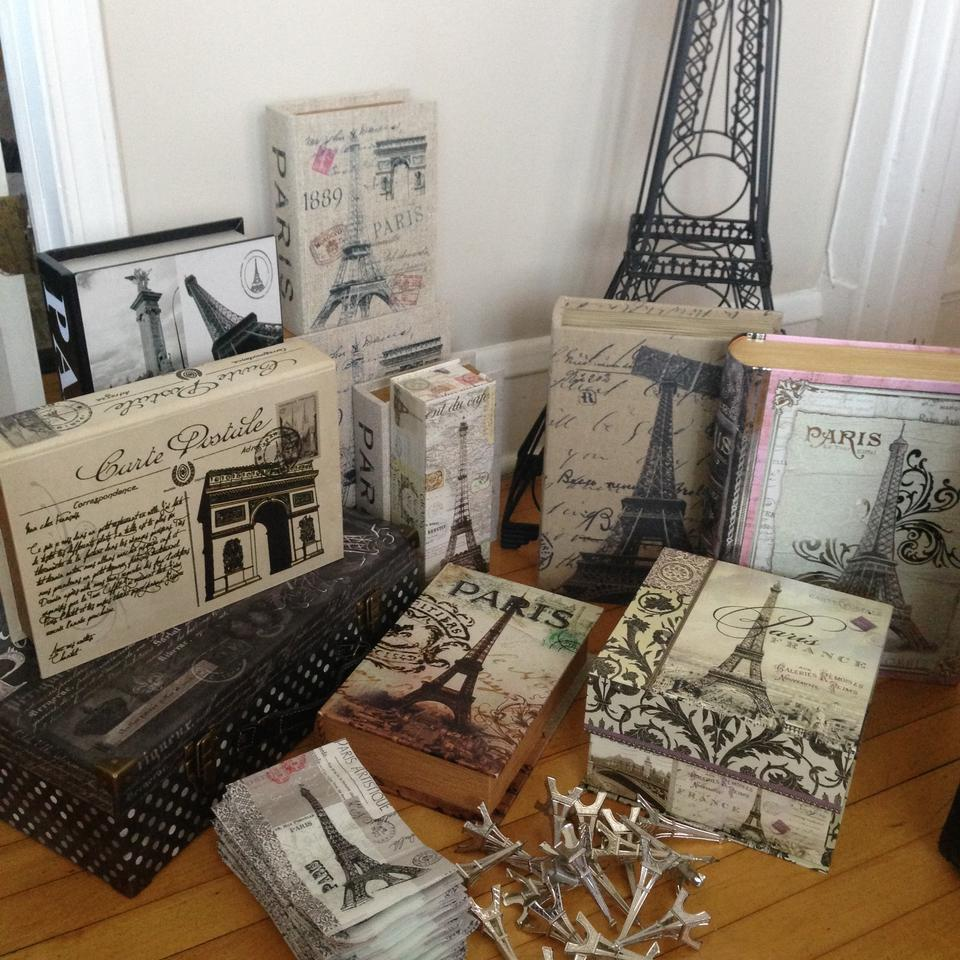 Paris themed decor tradesy weddings for Paris themed decor