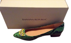 Banana Republic Emerald Multi - light green snakeskin upper w jeweled brooch Flats