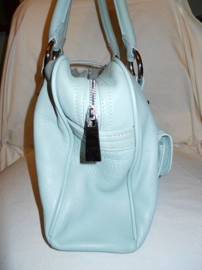 The Limited Leather Satchel in mint green Image 3