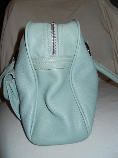 The Limited Leather Satchel in mint green Image 4