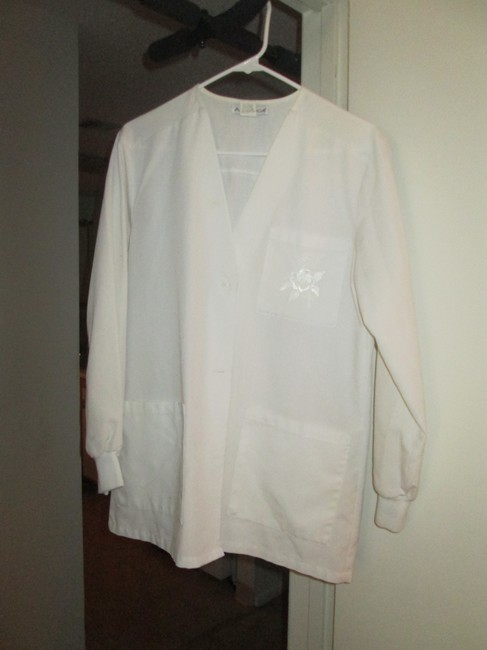 Item - White Lab Jacket
