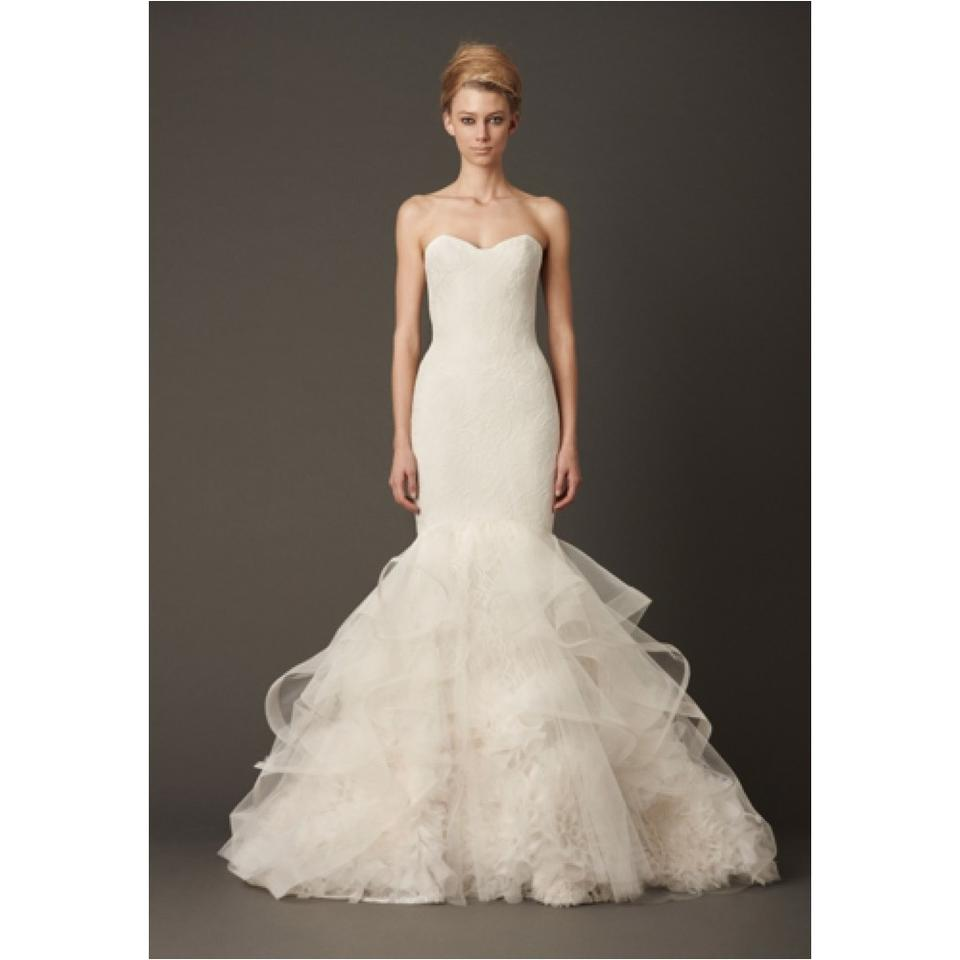 Vera wang wedding dress on sale 42 off wedding dresses for Average price of vera wang wedding dress