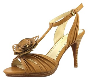 Adrienne Vittadini Leather Platform Brown Sandals