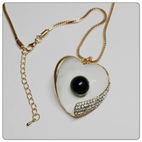 Other Black Pearl Ivory Heart Rhinestone Crystals Pendant Chain Necklace Image 2