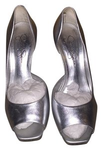 Jessica Simpson Silver Pumps