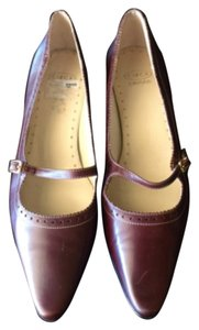 Circa Joan & David Brown Flats