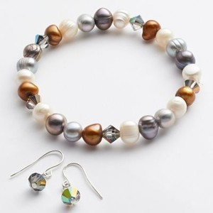 Swarovski Elements Freshwater Pearl Earrings and Bracelet Set