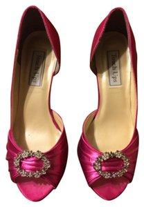 Independent Clothing Co. Hot pink Pumps