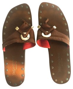 Saint Laurent Thong Leather Studs Flat Brown Sandals