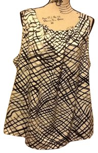 Kenneth Cole Reaction Sleeveless Geometric Flowy Lightweight Professional Top Black/White/Grey