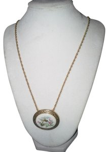 Avon Avon Gold Plated Oval Bird Pendant Necklace