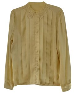 Outback Red Lace Trim Pleated Top ivory