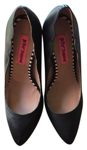 Betsey Johnson Blac Pumps