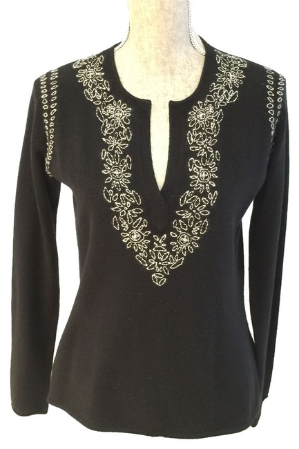 Preload https://img-static.tradesy.com/item/8754343/lord-and-taylor-black-embroidered-2-ply-cashmere-v-neck-small-sweaterpullover-size-6-s-0-1-650-650.jpg