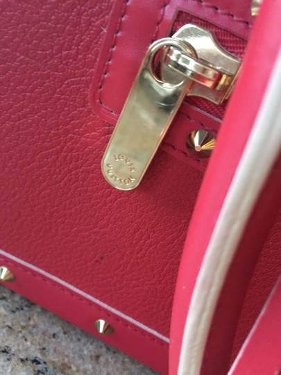 Louis Vuitton Lv Suhai Leather Hanbag Satchel in Red Image 3
