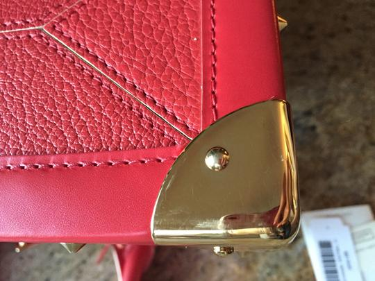 Louis Vuitton Lv Suhai Leather Hanbag Satchel in Red Image 6