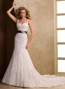 Maggie Sottero Kennsington Wedding Dress