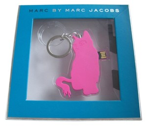 Marc by Marc Jacobs Authentic Marc by Marc Jacobs 4G USB Flash Drive