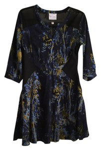 Romeo & Juliet Couture short dress blue/flowers on Tradesy
