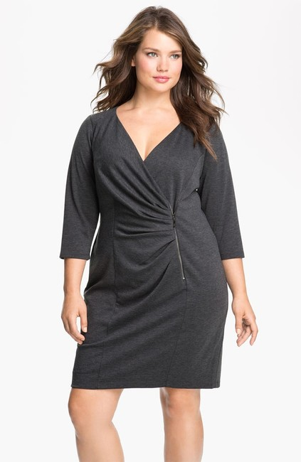 Item - Heater Grey Plus-size Above Knee Night Out Dress Size 20 (Plus 1x)