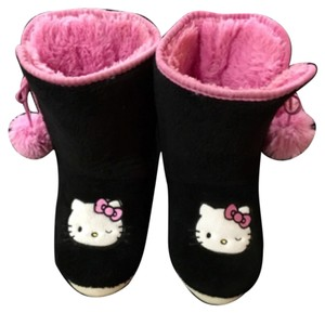 Hello Kitty Slipper Plush Comfy Comfort Cozy Slippers Pom-poms Warm Black/Pink Boots