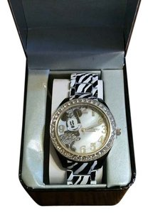 Disney Disney Minnie Mouse Woman Watch with Zebra style band NIB