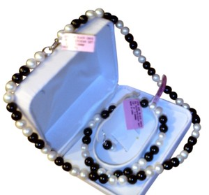 Other 3 Piece Fresh Water Cultured Pearl and Onyx Necklace/Bracelet & Earring Set