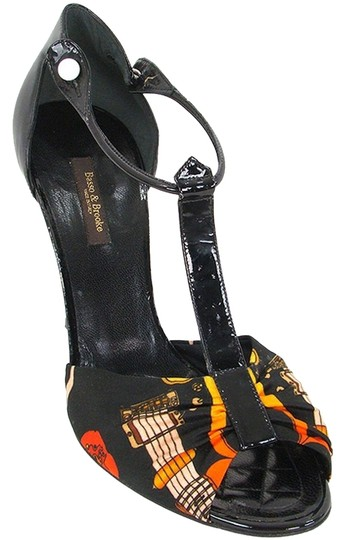 Basso & Brooke Patent Leather Floral Black Sandals