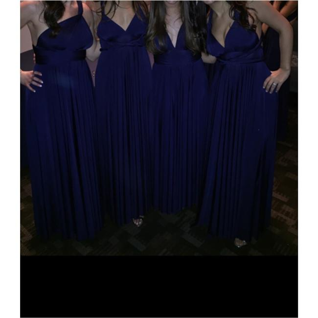 Item - Windsor Navy Modern Bridesmaid/Mob Dress Size OS (one size)