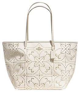 Coach Leather Tote in Chalk / Off White