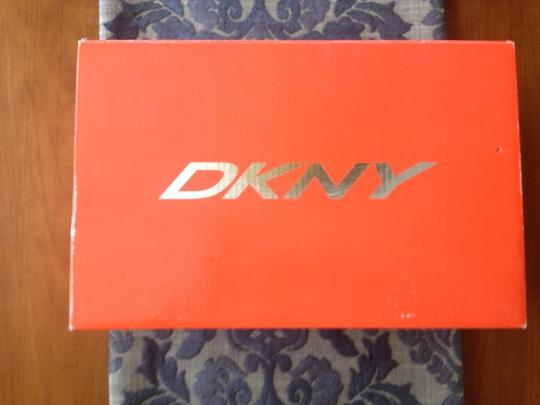 DKNY Athletic