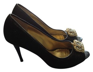 Hale Bob Pumps