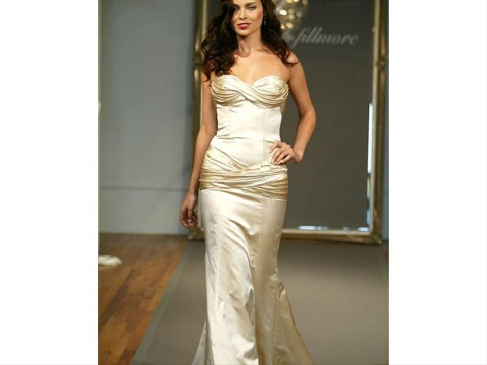 e6ea97d70de Elizabeth Fillmore Ivory Satin Rhapsody Feminine Wedding Dress Size 6 (S)  Image 0 ...