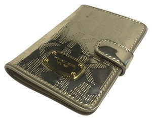 Michael Kors Michael Kors Jet Set Passport Case Holder Wallet Signature MK Mirror Metallic Pale Gold