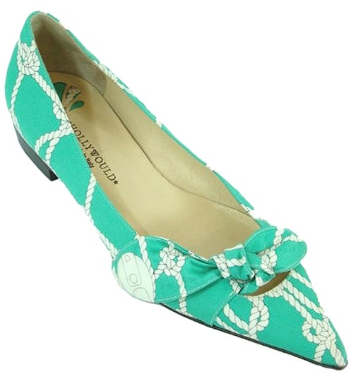 Frederick's of Hollywood Pointed Toe Bow Green Flats