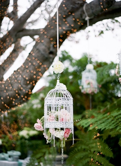 White with A Tint Of Turquoise 3 Large Rustic Shabby Chic Bird Cages Reception Decoration
