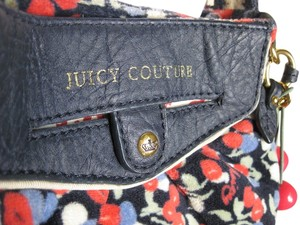 Juicy Couture Multiple Cute Vintage Cross Body Bag