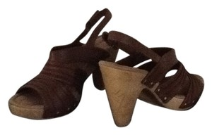 Bass Leather Like Studded High Heel Brown Sandals