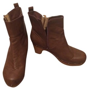 American Eagle Outfitters Taupe Boots