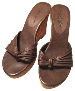 Anchor Blue Brown/Tan Wedges