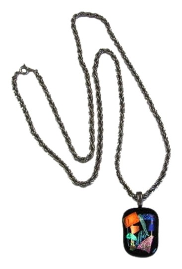 Preload https://img-static.tradesy.com/item/879051/black-silvertone-blue-green-peach-modernistic-pendant-necklace-0-0-540-540.jpg