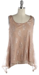 Romeo & Juliet Couture Lace Top Tan Metallic