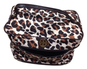 Tory Burch Makeup Travel Bag Leopard